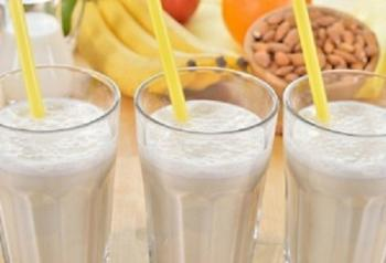 Banana amande smoothie 450