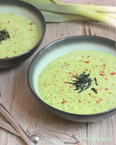 Soupe crue poireaux algues wakame
